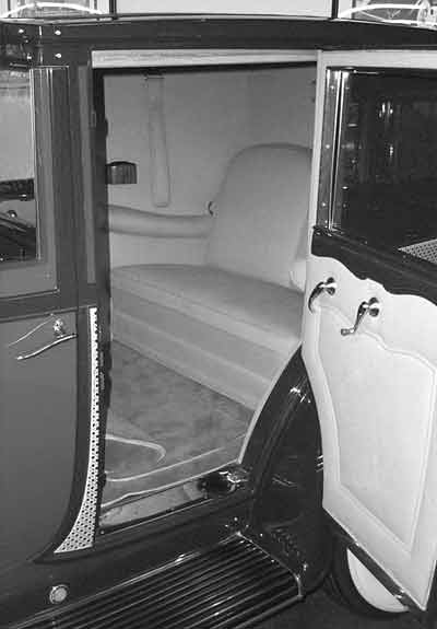 1933 Lincoln KB V12 Panel Brougham by Willoughby Interior